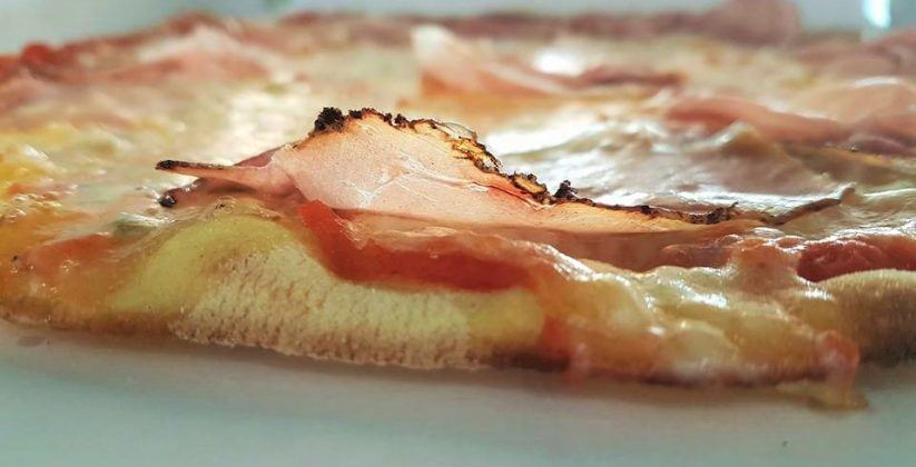 Pizza gourmet con speck_Vicenzaingreen